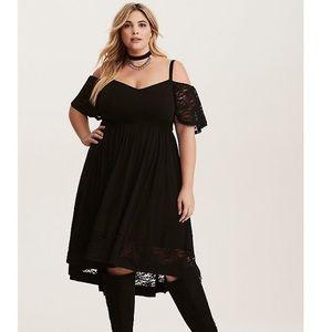 Torrid black challis off shoulders dress sz XL 1